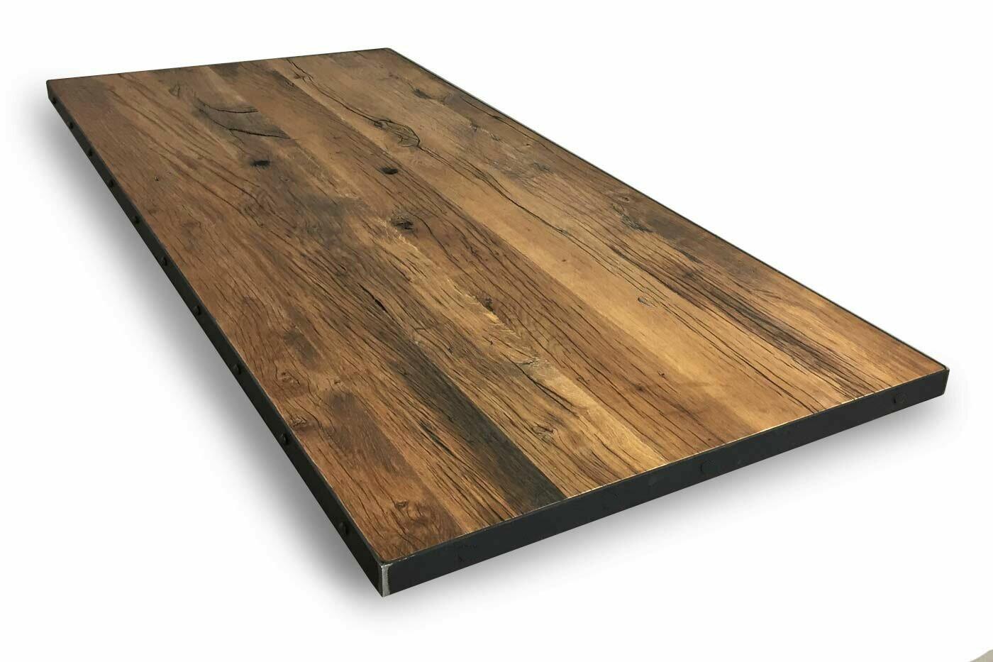 Altholz Eiche Tischplatte mit Rohstahl