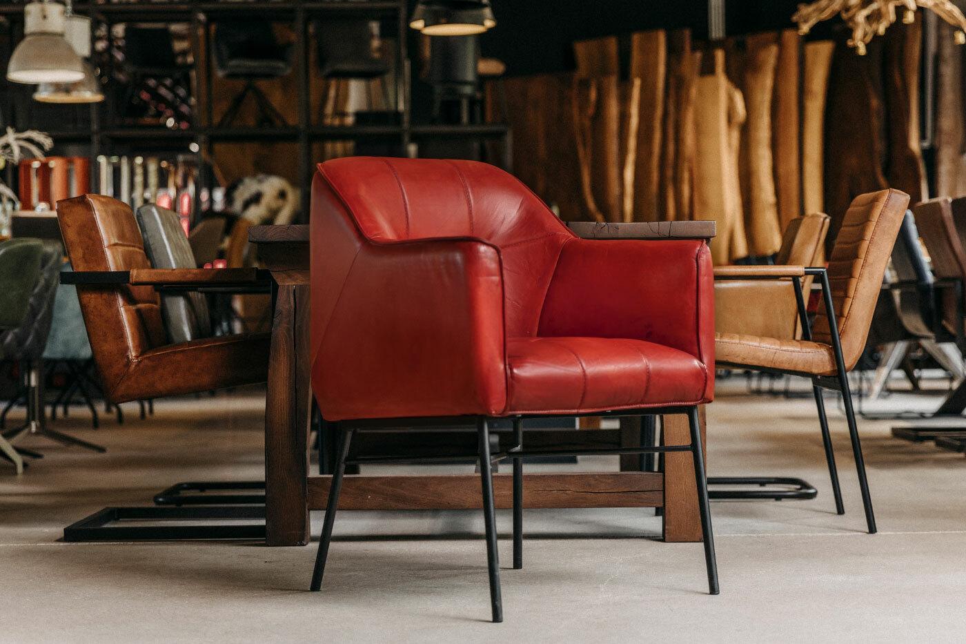 Vintage Stuhl mit Armlehne Leder