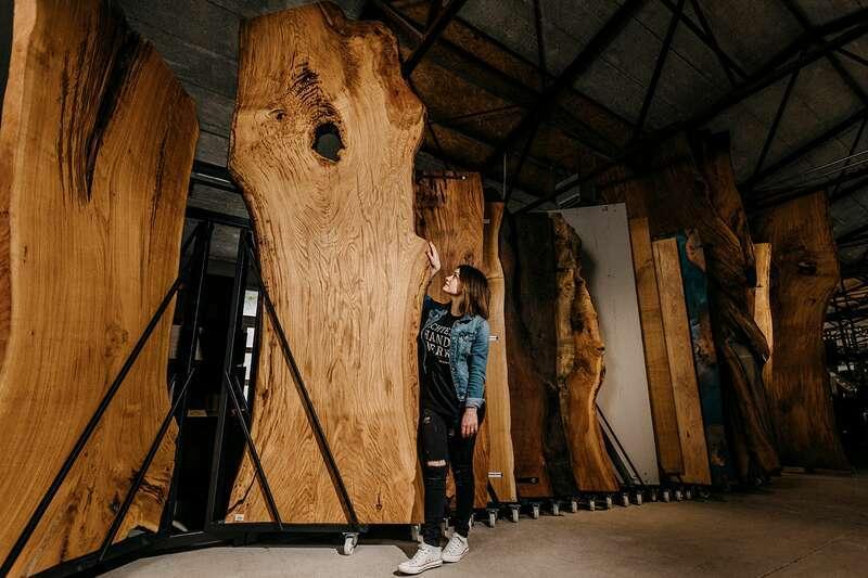 Epoxy Baumscheibe XL aus Eiche