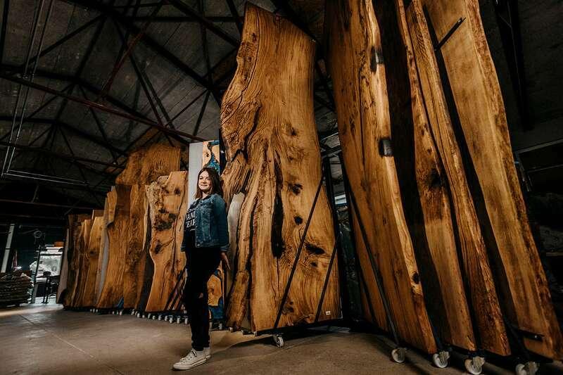 Epoxy Baumscheiben Platte Eiche massiv