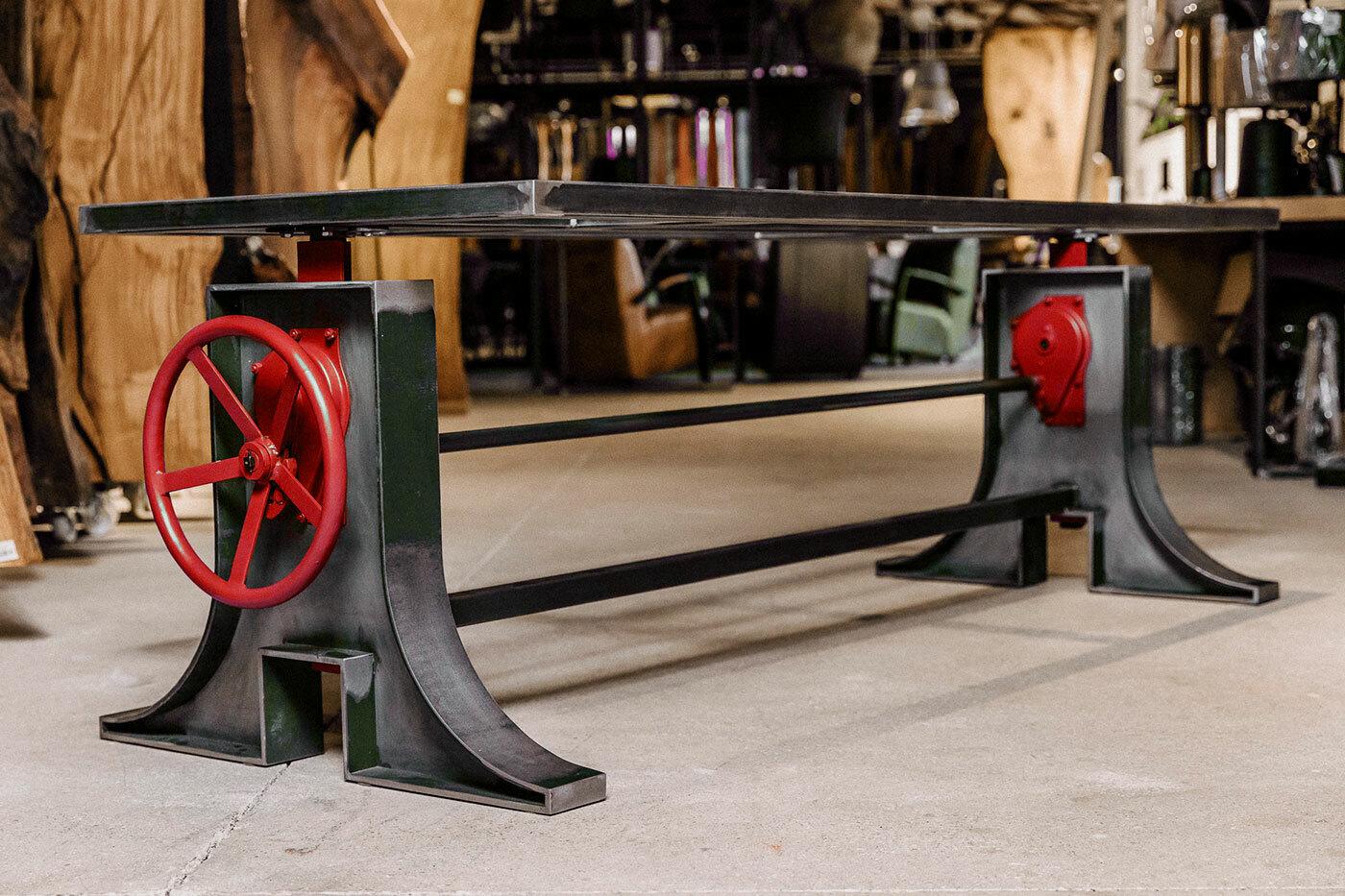 Tischgestell höhenverstellbar aus Stahl Hookes