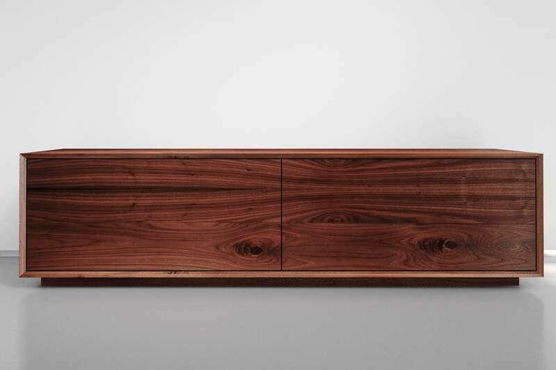 Lowboard Nussbaum mit zwei Schubladen nach Maß