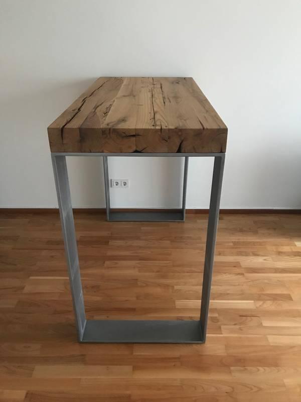 alte tischplatte interesting with alte tischplatte finest mit seinen dunklen oder hellen passt. Black Bedroom Furniture Sets. Home Design Ideas