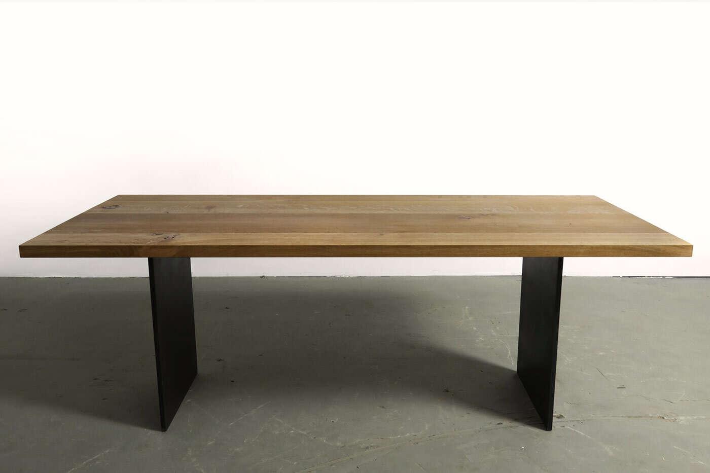 esstisch nach mass dusseldorf m bel und heimat design inspiration. Black Bedroom Furniture Sets. Home Design Ideas