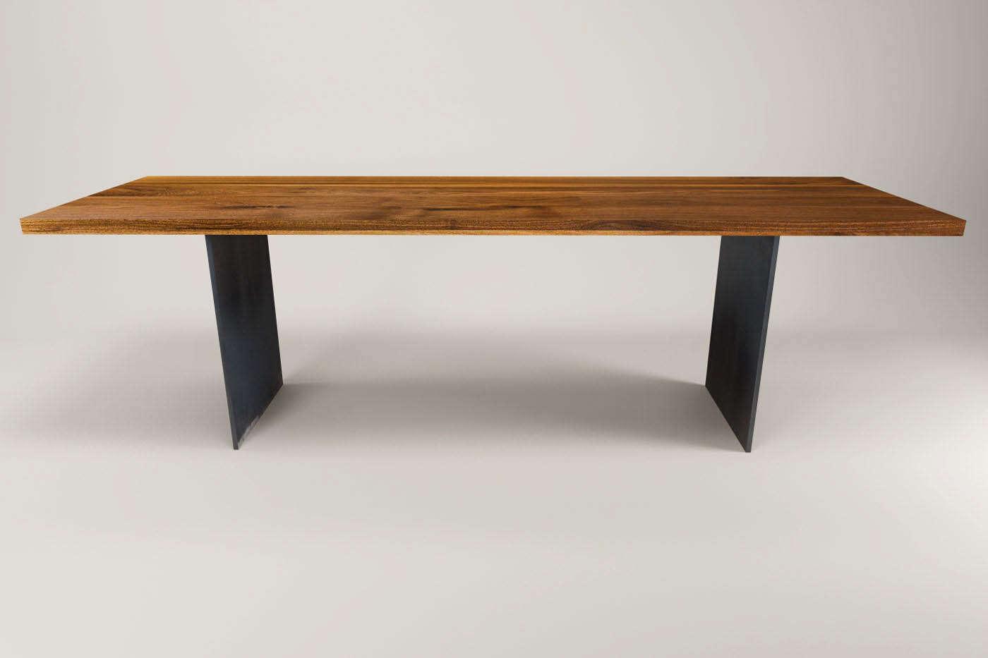 nussbaum stahlwangen tisch norvik auf ma ansehen. Black Bedroom Furniture Sets. Home Design Ideas