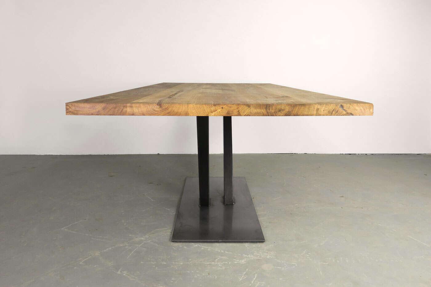 Holztisch massiv for Holztisch eiche
