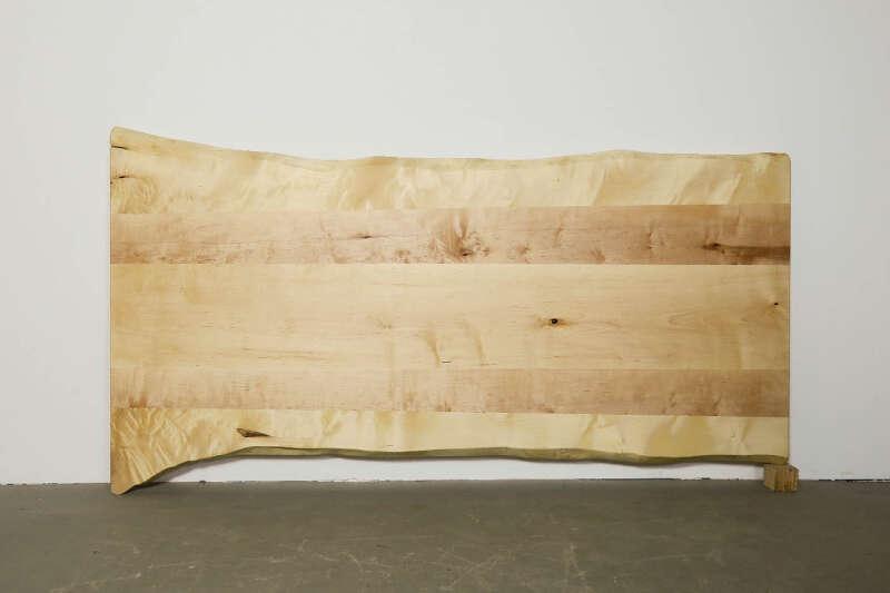 Ahorn Tischplatte mit Baumkante nach Maß