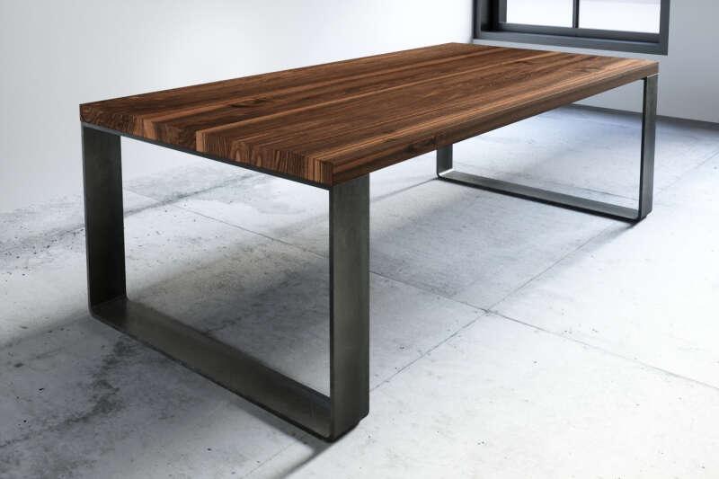 Tisch Nussbaum Arlon