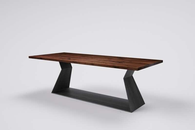 Nussbaum Holztisch auf Maß Haaron mit Kufengestell