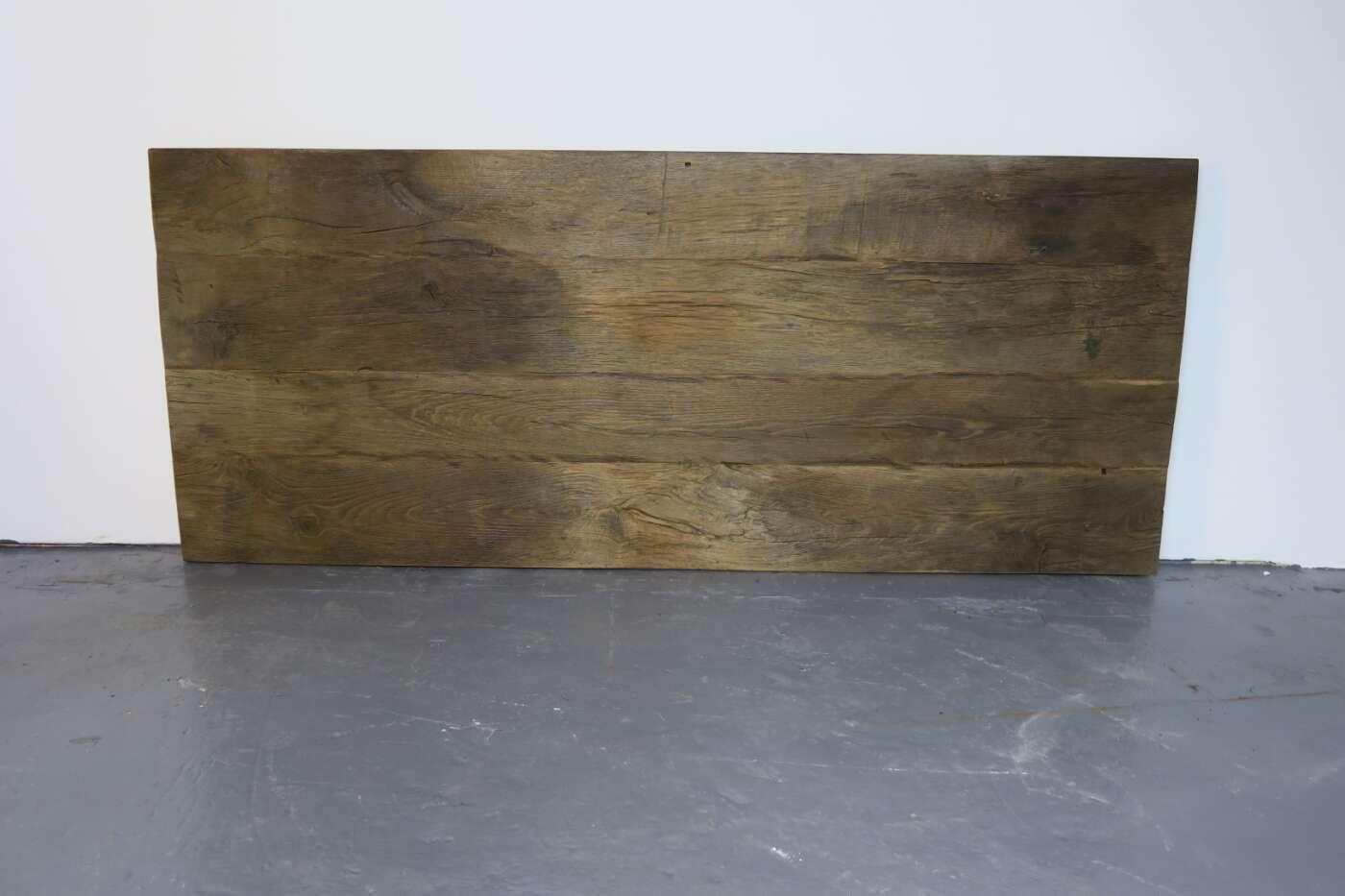 gebürtstete Tischplatte Massivholz alte Eichen