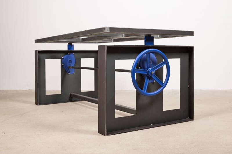 Höhenverstellbares Tischgestell Stahl auf Maß Pivot