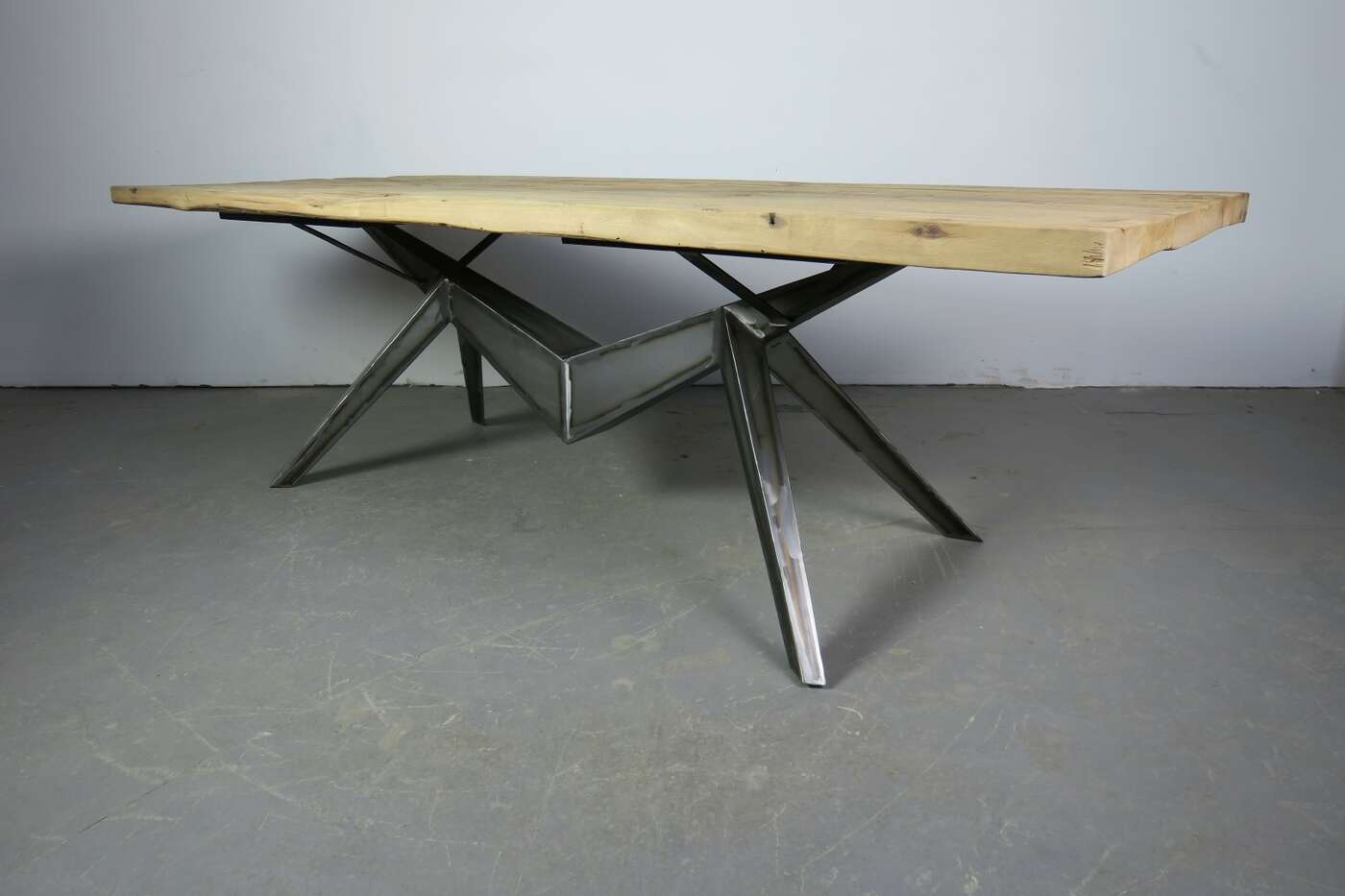 Esszimmertisch Andrus aus altholz Fichte