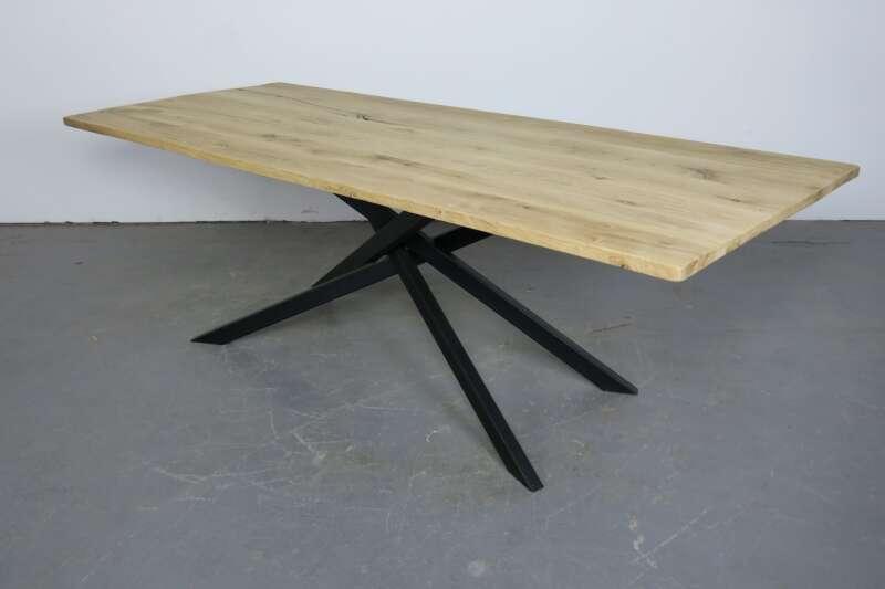 Esstisch mit Mikado Tischgestell