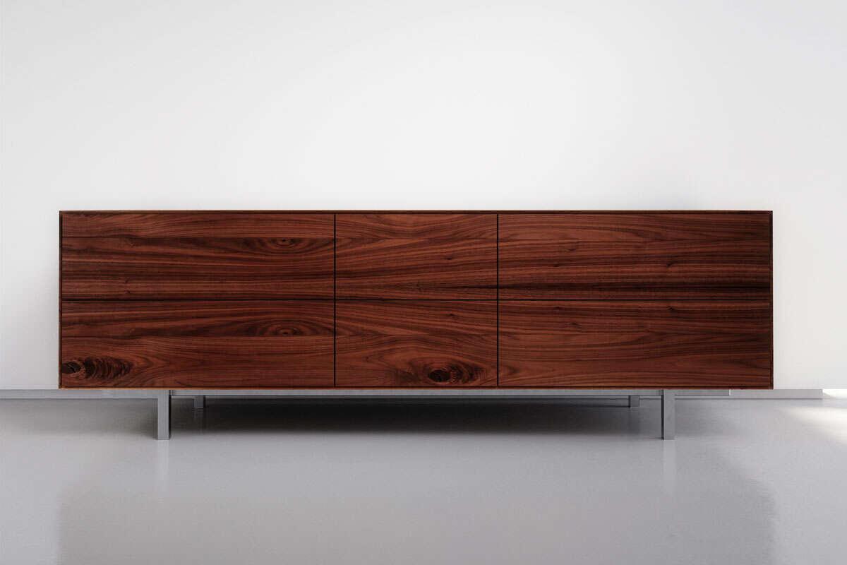 Sideboard modern in massivem Nussbaum