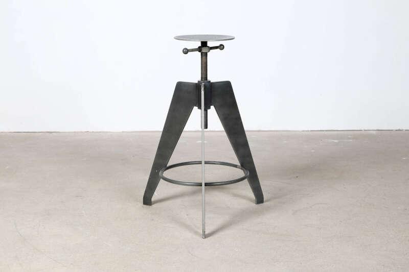 Industriedesign Stahl Tischgestell höhenverstellbar Milton