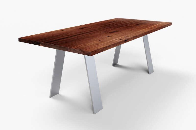 Tisch Nussbaum nach Maß Novo