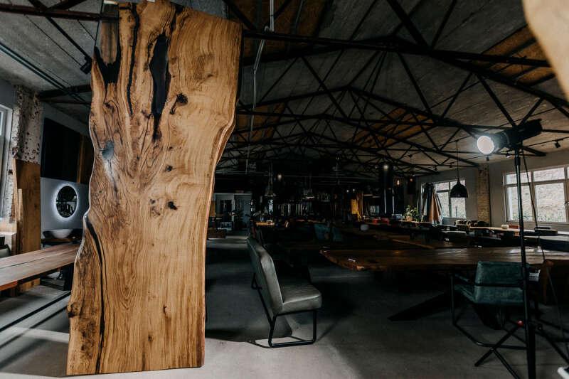 Baumscheibe Unikat Tischplatte Eiche Epoxidharz